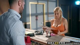 Brazzers – Mommy Got Boobs –  The Big Stiff scene starring Alexis Fawx and Mike Mancini